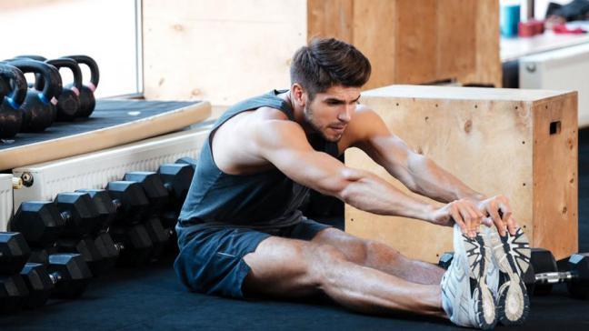 Perché anche gli uomini devono fare stretching