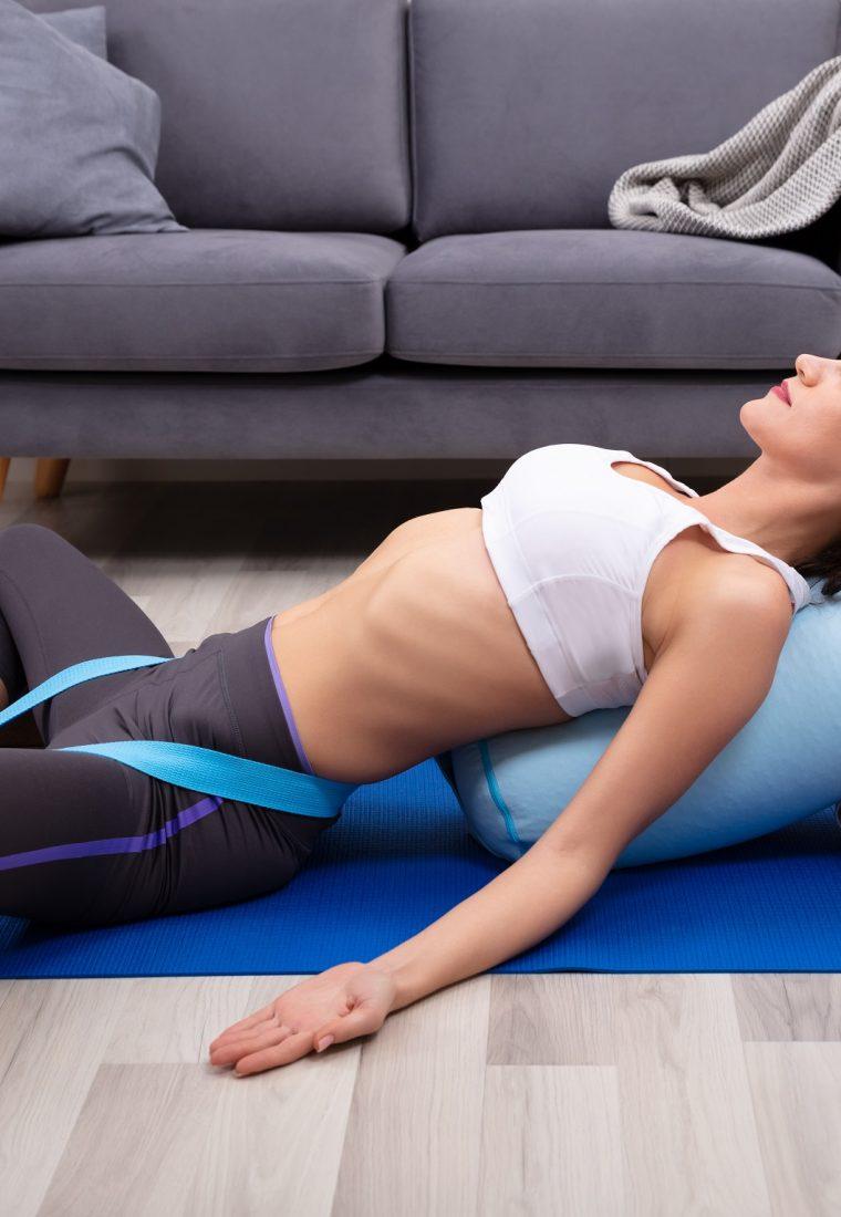 Cos'è il restorative yoga